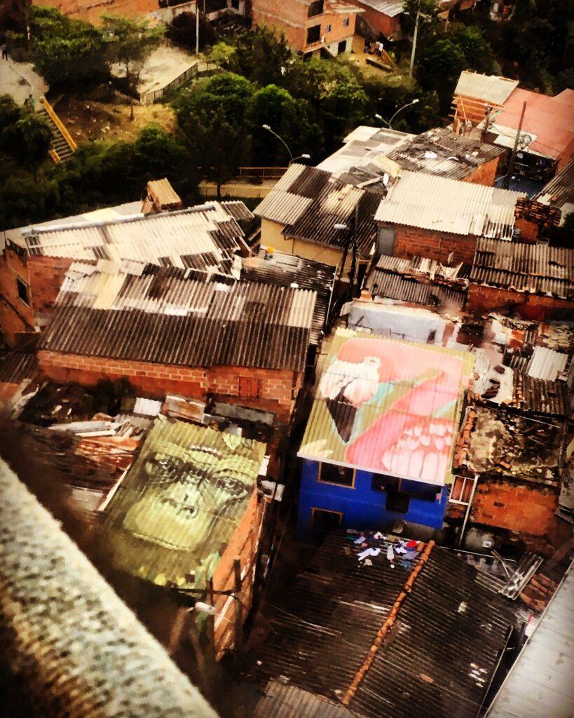 Medellin, street art nel Barrio di Santo Domingo