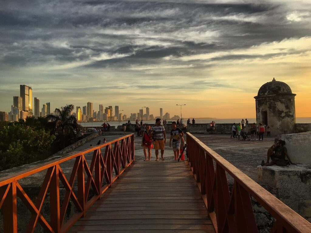 Cartagena, tramonto sulle mura