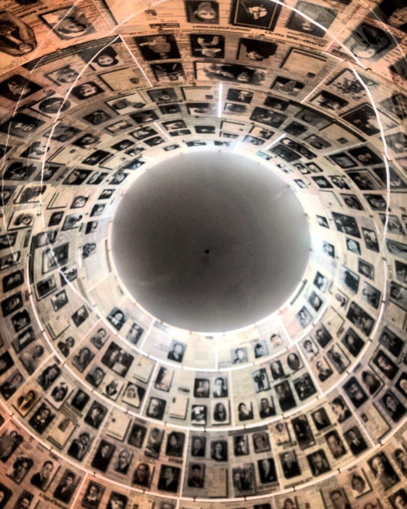 Museo Yad Vashem, sala dei nomi