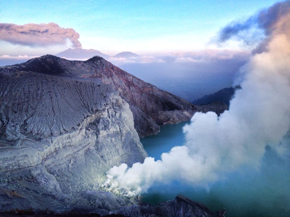 Lago di Ijen e fumi di zolfo