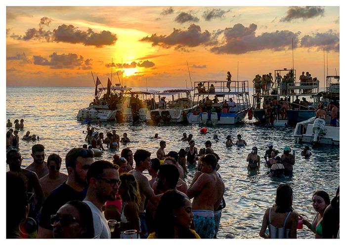 Beach party, Barbados