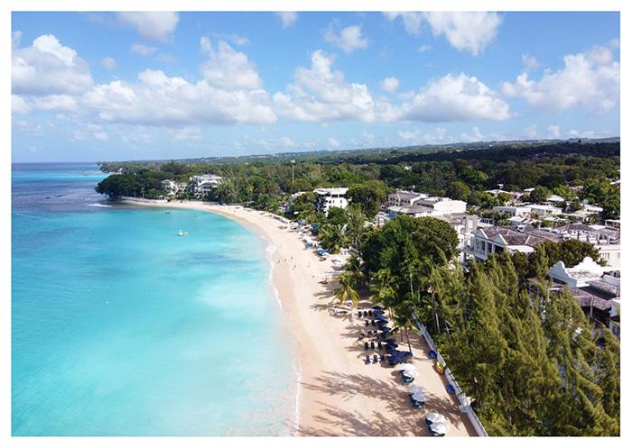 Spiaggia caraibica di Paynes Bay, Barbados
