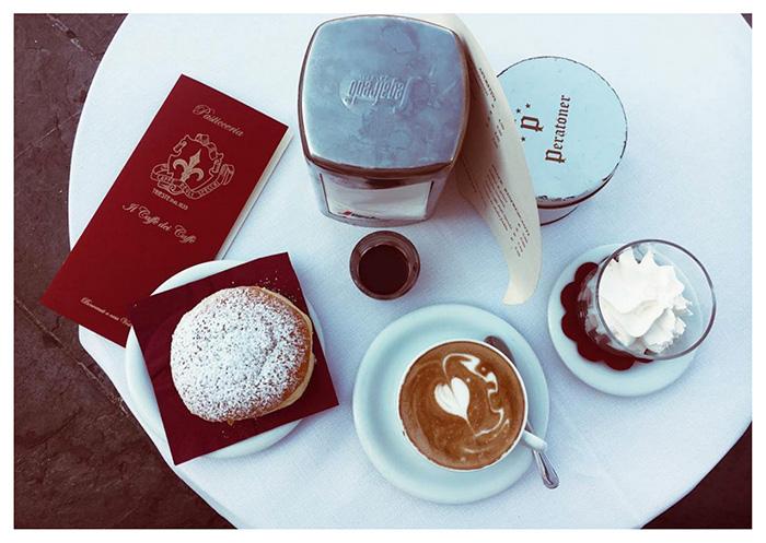 Caffè degli Specchi, Trieste