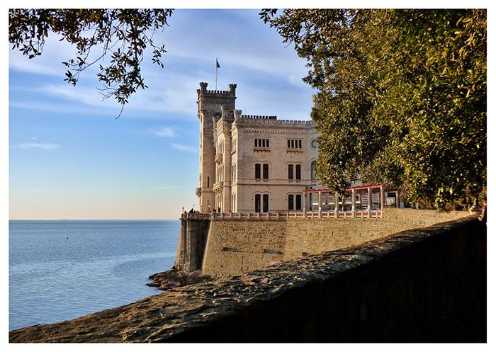 I luoghi di interesse della città di Trieste: il Castello di Miramare