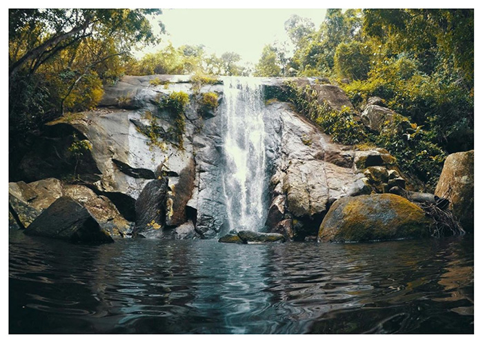 Brasile, Ilha Grande: cascata di Feiticeira