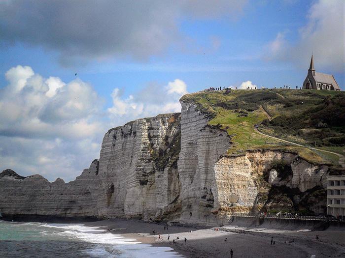 Cosa vedere in Normandia: la spiaggia di Étretat