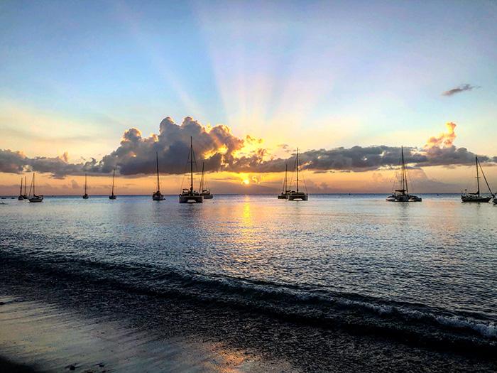 Plage de Saint Pierre, costa nord-caraibica