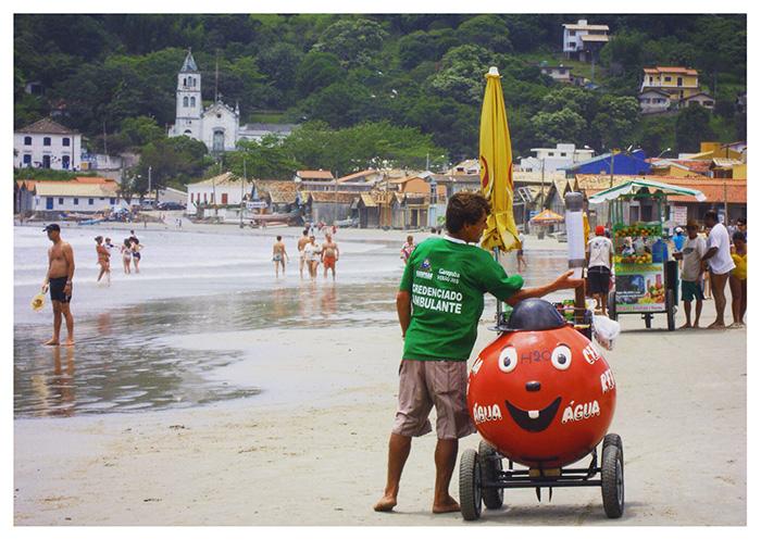 I venditori ambulanti di Praia Garopaba