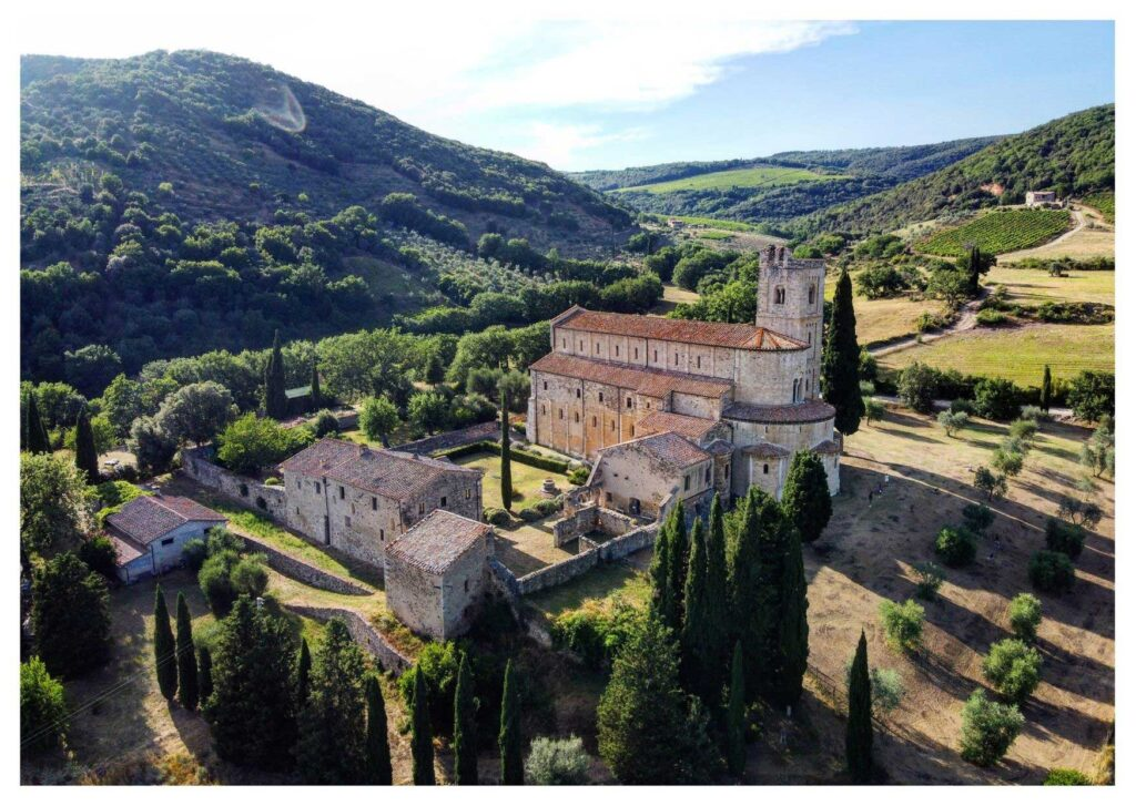 Cosa vedere in Val d'Orcia: Sant'Antimo