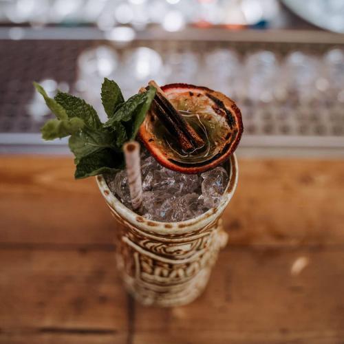 Un cocktail del Lost Bay Bar